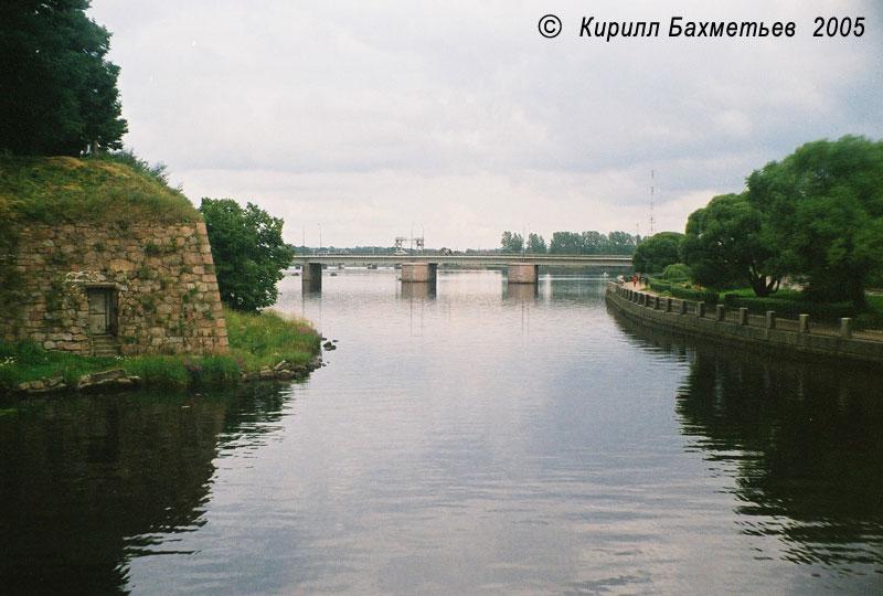 Мост через Замковый пролив