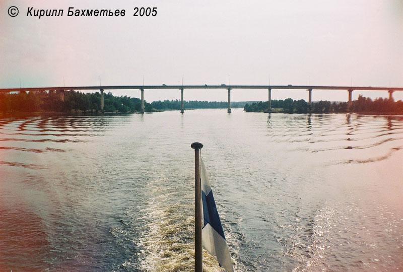 Мост Дружбы через пролив Кивисиллансалми