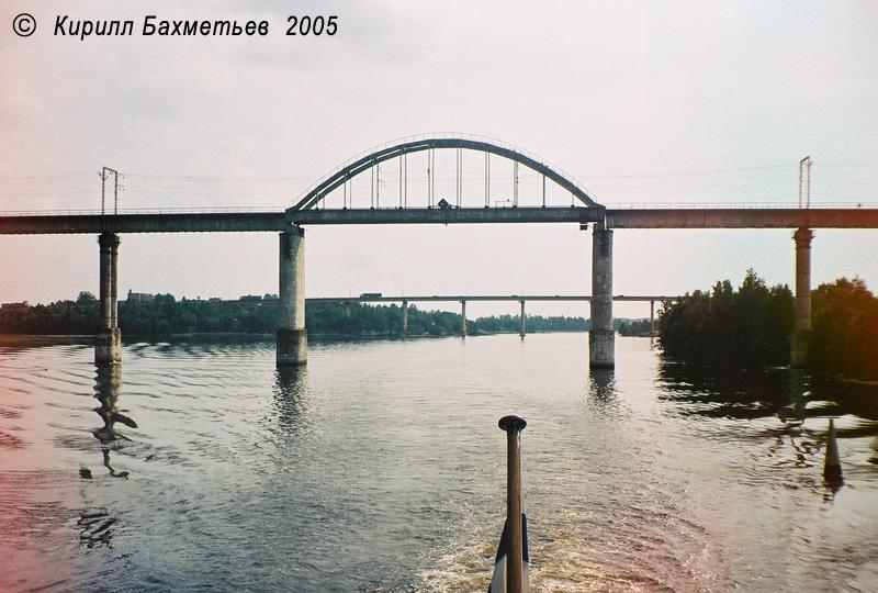 Мосты Дружбы через пролив Кивисиллансалми