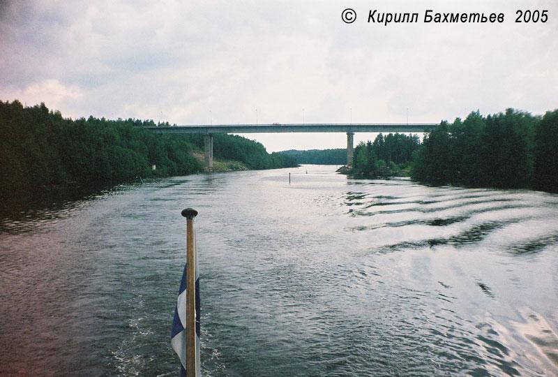 Павловский мост через Сайменский канал