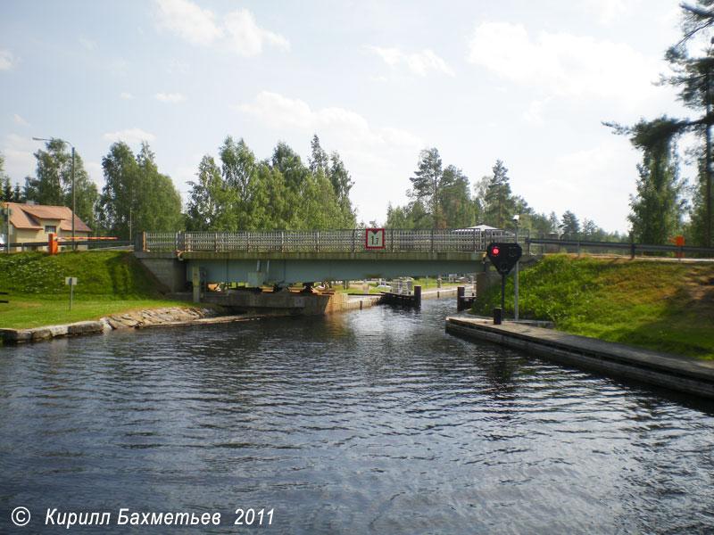 Разводной мост на Варистайпальском канале