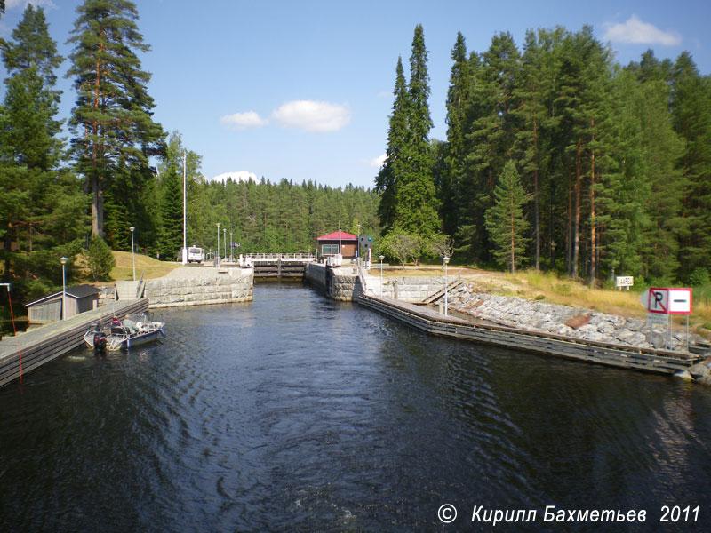 Шлюз на Виховуоннеском канале