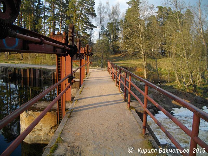 Плотина Белогорской гидроэлектростанции